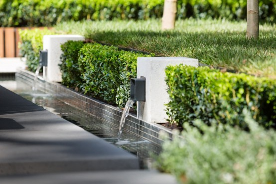 stylish-and-modern-garden-and-terrace-design-by-nathan-burkett-13-554x369