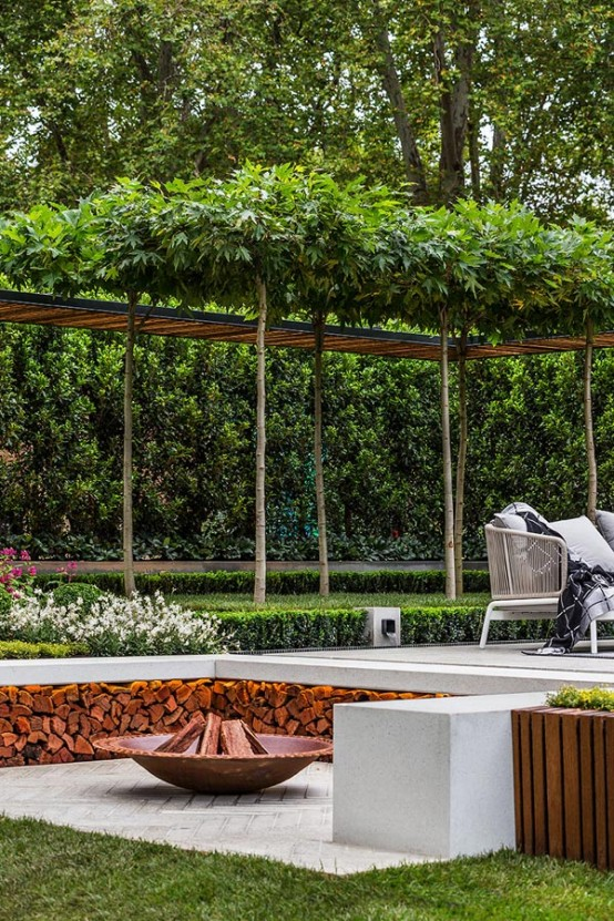 stylish-and-modern-garden-and-terrace-design-by-nathan-burkett-8-554x831