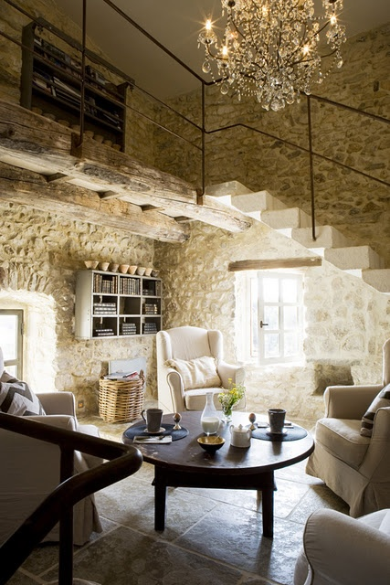 adorable-and-romantic-provence-living-rooms-10