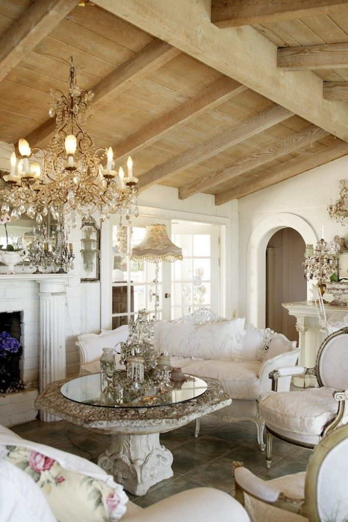 adorable-and-romantic-provence-living-rooms-17
