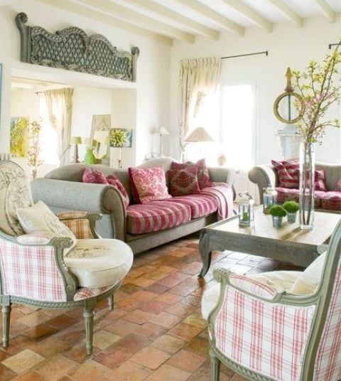 adorable-and-romantic-provence-living-rooms-24