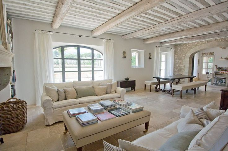 adorable-and-romantic-provence-living-rooms-26