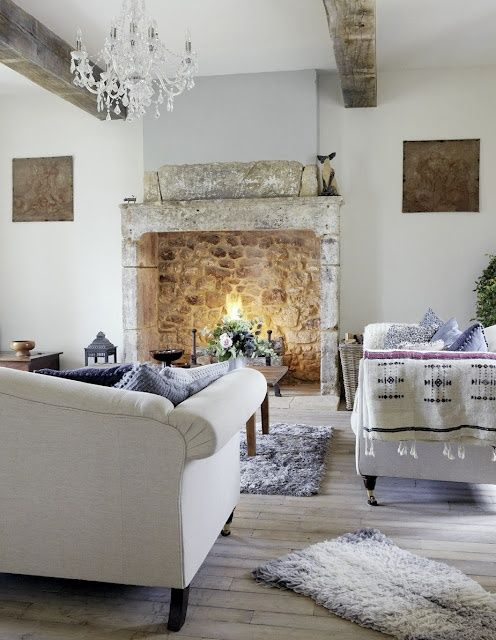 adorable-and-romantic-provence-living-rooms-31