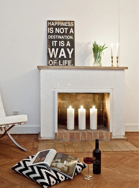 adorable-fireplace-candle-displays-for-any-interior-15