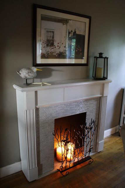 adorable-fireplace-candle-displays-for-any-interior-24