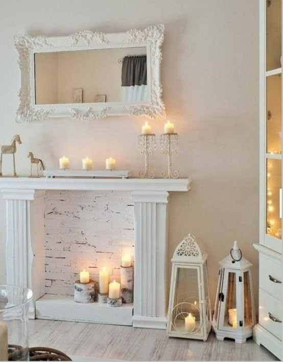 adorable-fireplace-candle-displays-for-any-interior-27-554x710