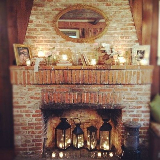adorable-fireplace-candle-displays-for-any-interior-28-554x554
