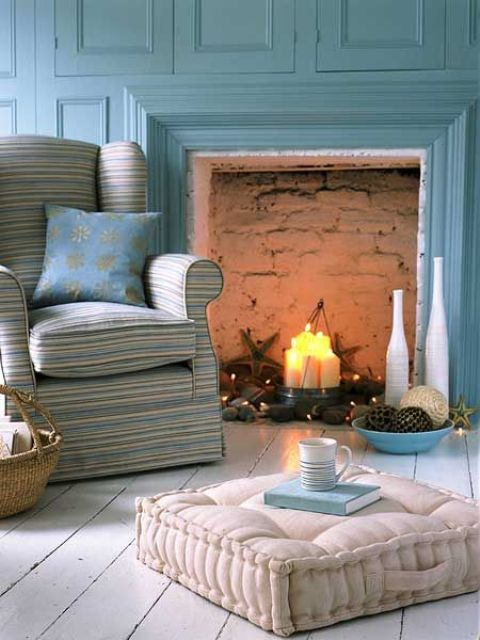 adorable-fireplace-candle-displays-for-any-interior-30