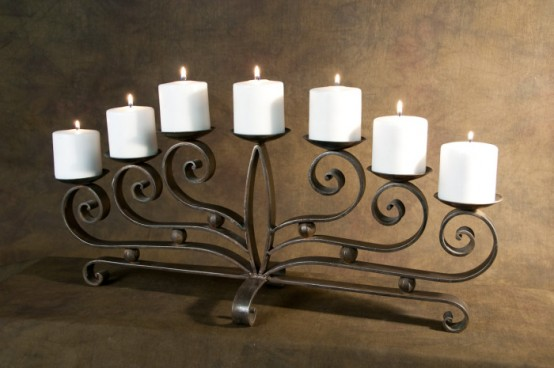 adorable-fireplace-candle-displays-for-any-interior-7-554x368