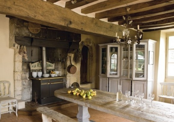 charming-provence-styled-kitchens-youll-never-want-to-leave-10-554x388