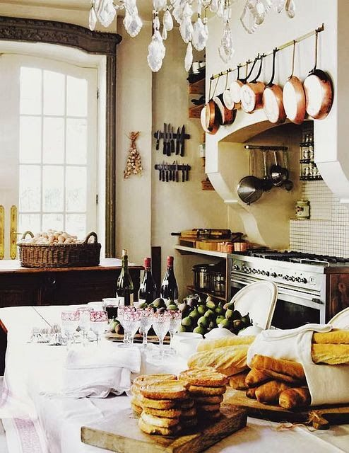 charming-provence-styled-kitchens-youll-never-want-to-leave-21