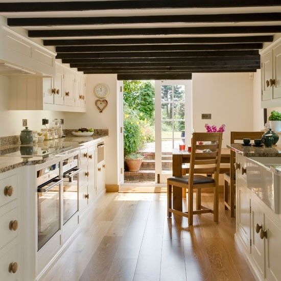 charming-provence-styled-kitchens-youll-never-want-to-leave-34