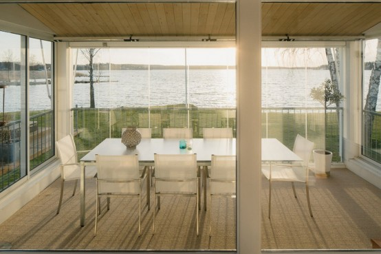 modern-swedish-waterfront-home-with-extensive-glazing-4-554x369