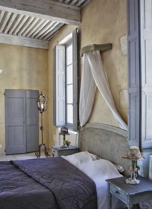 romantic-and-beautiful-provence-bedroom-decor-ideas-2