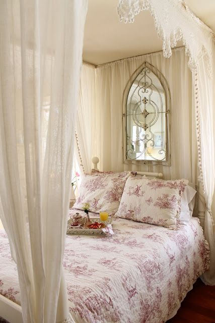 romantic-and-beautiful-provence-bedroom-decor-ideas-29