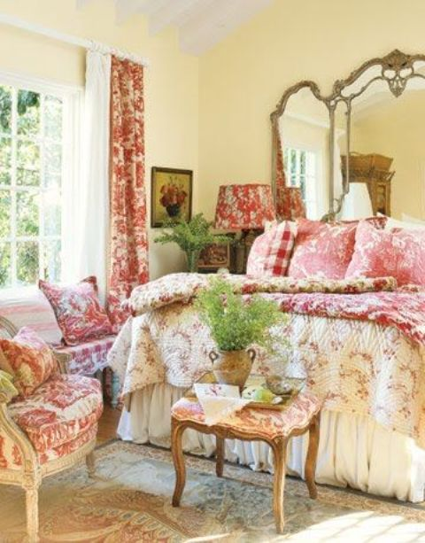 romantic-and-beautiful-provence-bedroom-decor-ideas-7