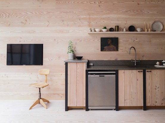 uncluttered-scandinavian-home-with-lots-of-wood-in-decor-5-554x415