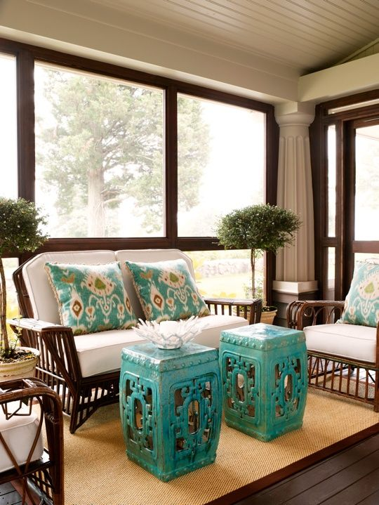 comfy-and-relaxing-screened-patio-design-ideas-15
