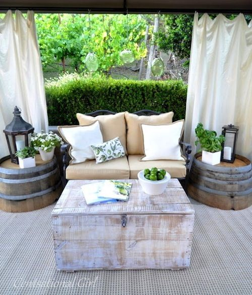 comfy-and-relaxing-screened-patio-design-ideas-16