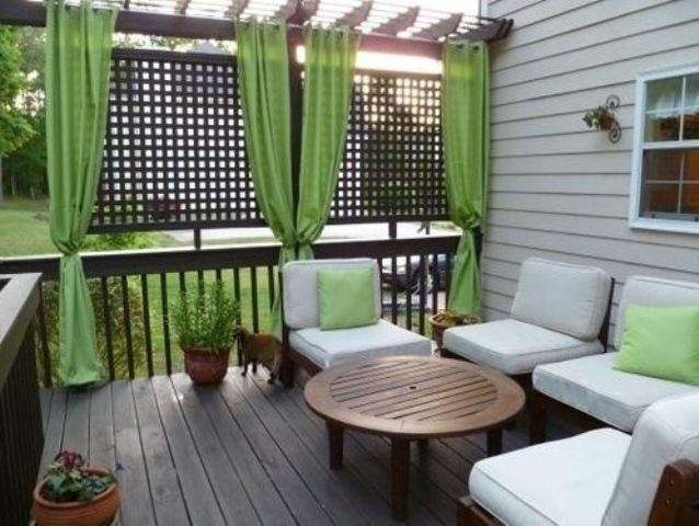 comfy-and-relaxing-screened-patio-design-ideas-23
