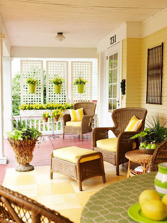comfy-and-relaxing-screened-patio-design-ideas-25