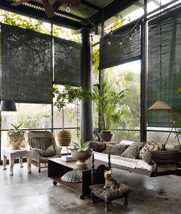 comfy-and-relaxing-screened-patio-design-ideas-29