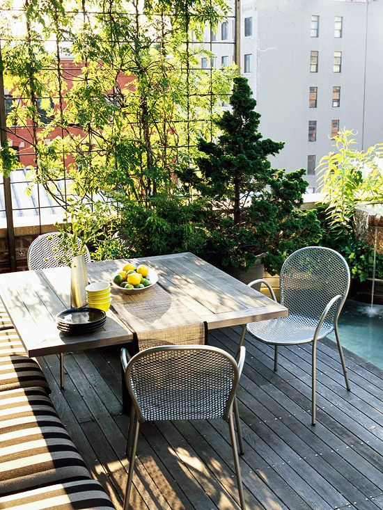 comfy-and-relaxing-screened-patio-design-ideas-36