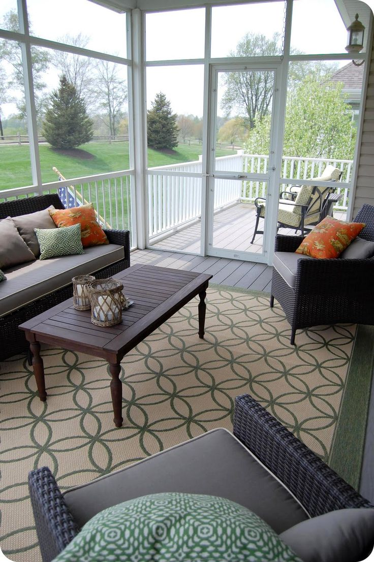 comfy-and-relaxing-screened-patio-design-ideas-37