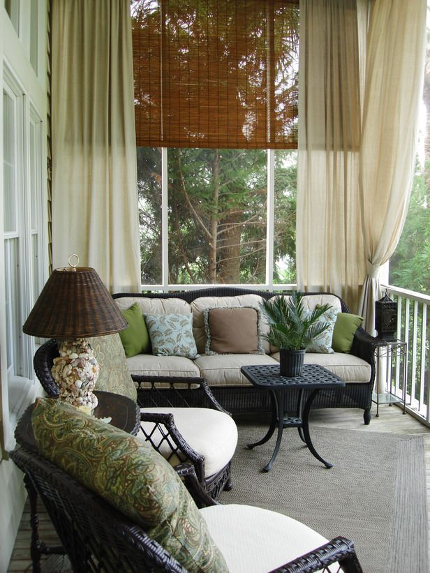 comfy-and-relaxing-screened-patio-design-ideas-38