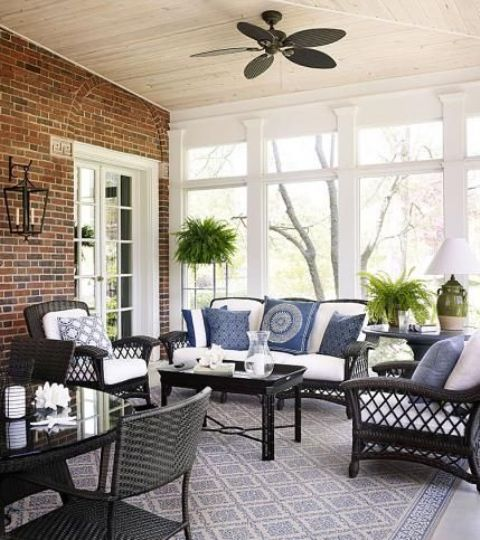 comfy-and-relaxing-screened-patio-design-ideas-6