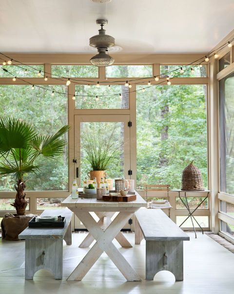comfy-and-relaxing-screened-patio-design-ideas-8