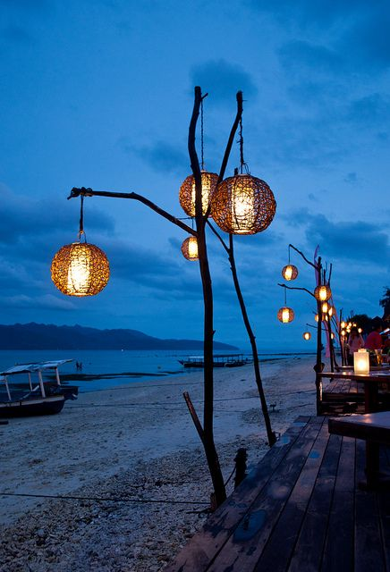 creative-and-original-outdoor-lamps-and-lights-28