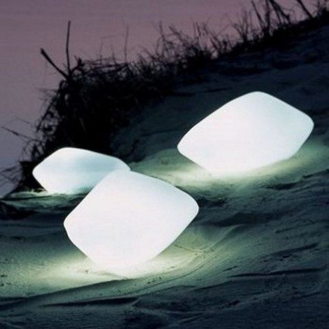 creative-and-original-outdoor-lamps-and-lights-39