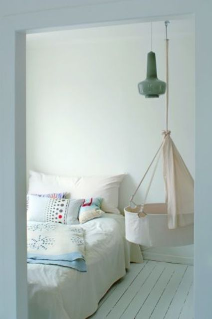 gorgeous-suspended-cradles-for-your-baby-14