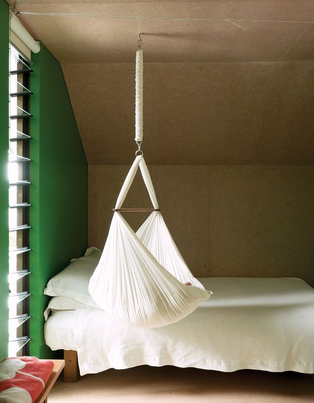 gorgeous-suspended-cradles-for-your-baby-20