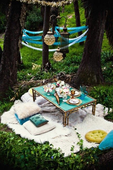 inviting-outdoor-dining-spaces-in-various-styles-20