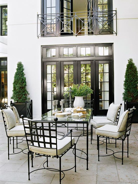 inviting-outdoor-dining-spaces-in-various-styles-26