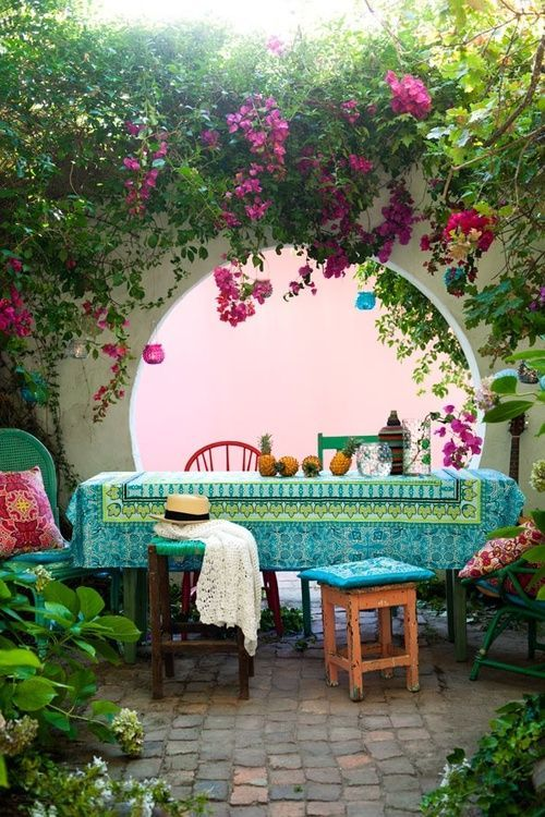 inviting-outdoor-dining-spaces-in-various-styles-6