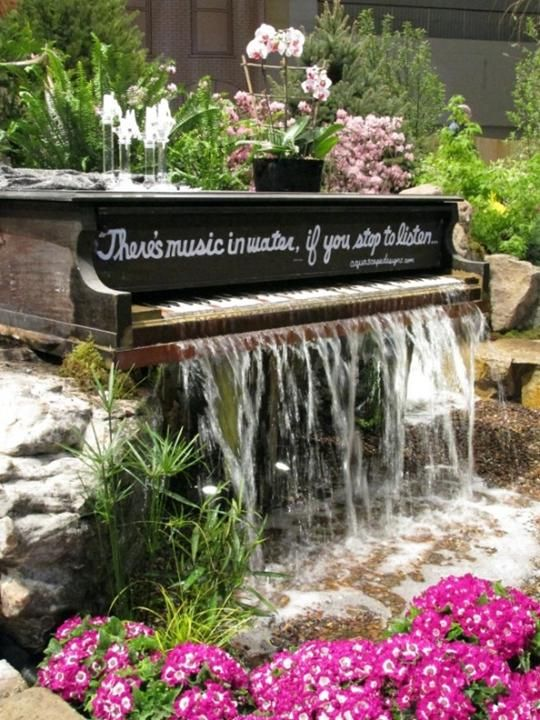 joyful-and-beautiful-backyard-and-garden-fountains-25
