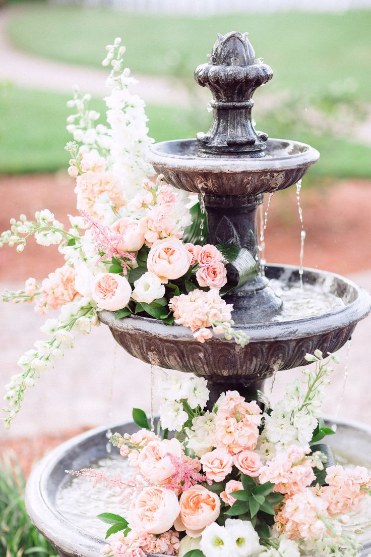 joyful-and-beautiful-backyard-and-garden-fountains-27