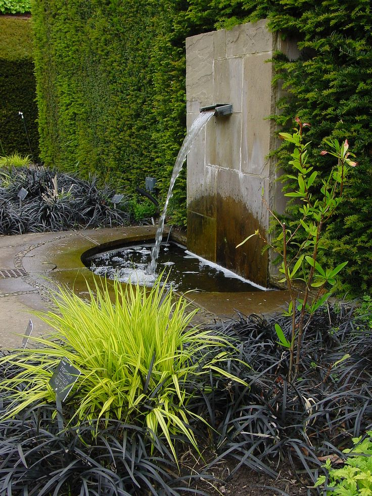joyful-and-beautiful-backyard-and-garden-fountains-28