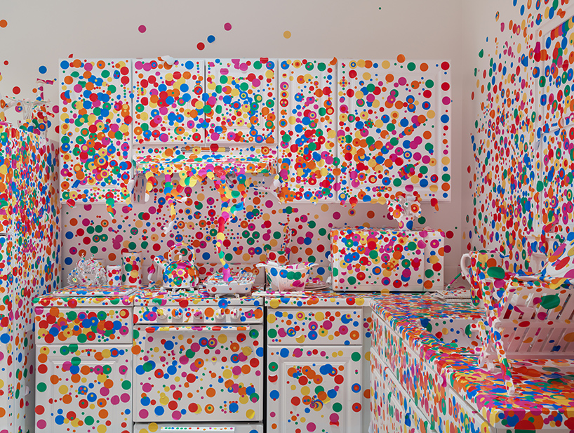 yayoi-kusama-give-me-love-david-zwirner-new-york-designboom-07