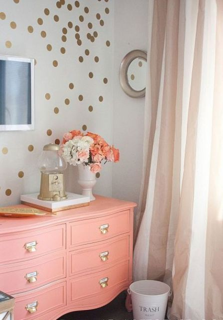 affectionate-peach-accents-in-home-decor-14