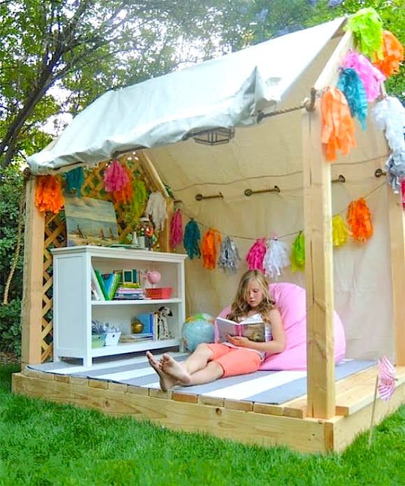 awesome-outdoor-kids-playhouses-to-build-this-summer-2