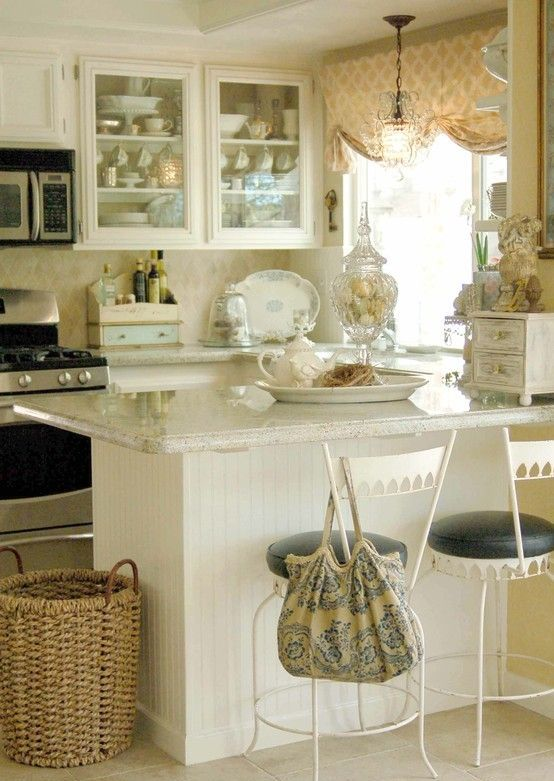 charming-shabby-chic-kitchens-that-youll-never-want-to-leave-25