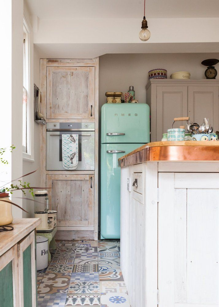 charming-shabby-chic-kitchens-that-youll-never-want-to-leave-26