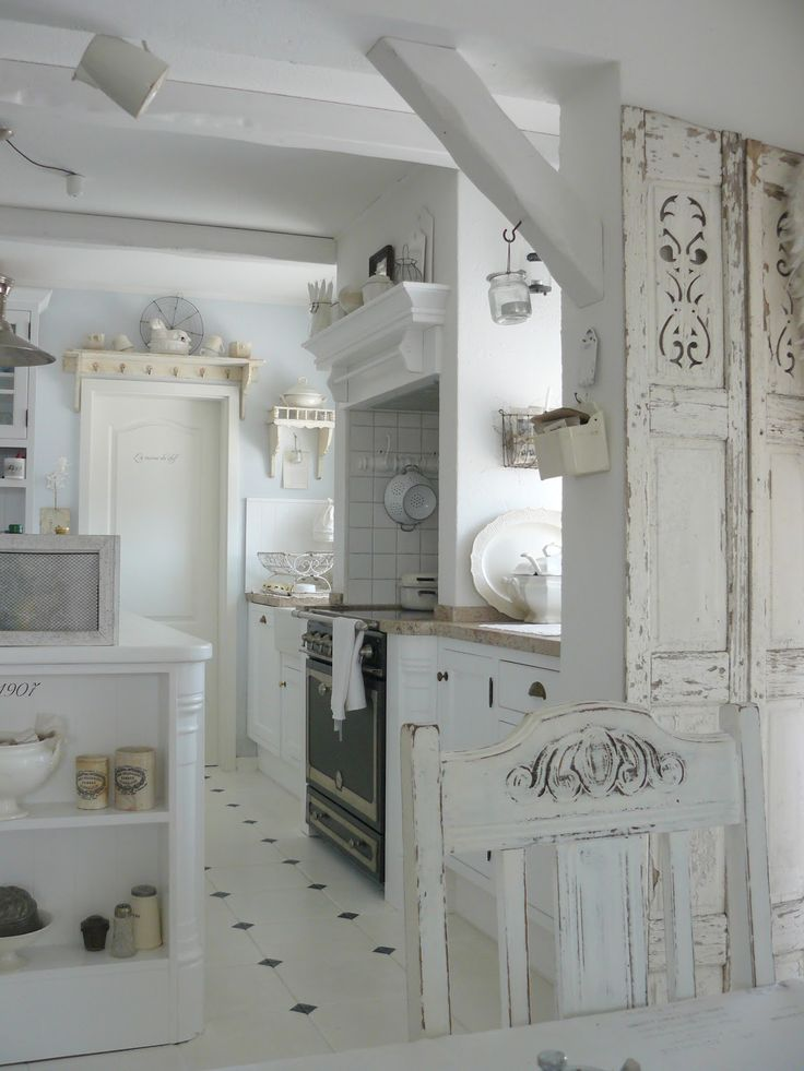 charming-shabby-chic-kitchens-that-youll-never-want-to-leave-29