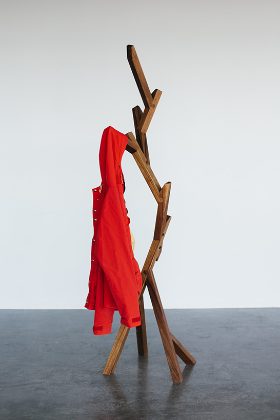 creative-and-eco-friendly-arbor-coat-stand-2