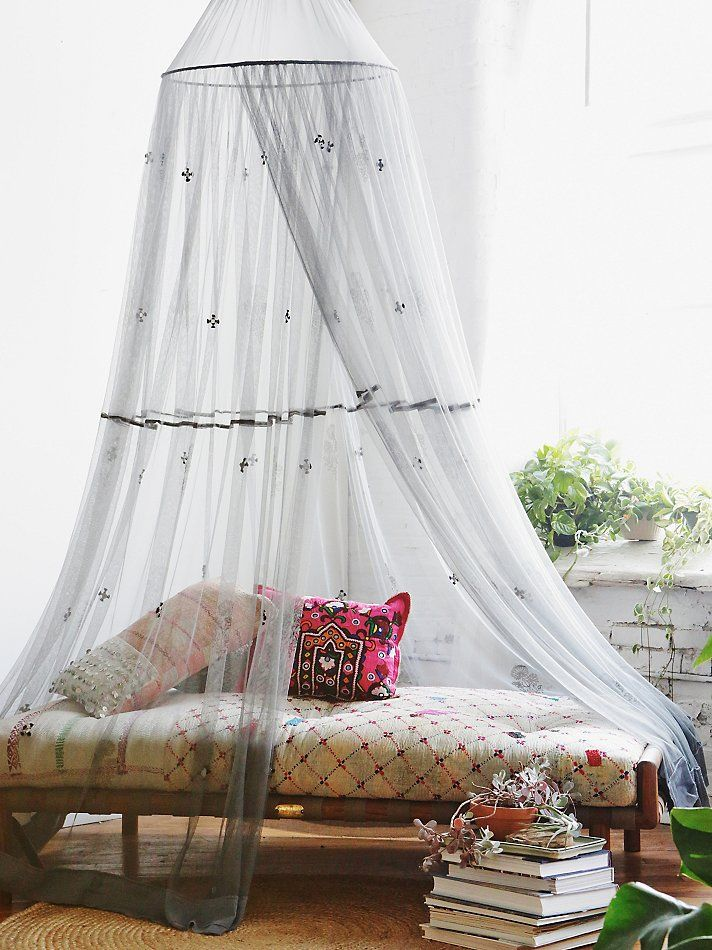 cute-and-practical-mosquito-net-ideas-for-outdoors-21
