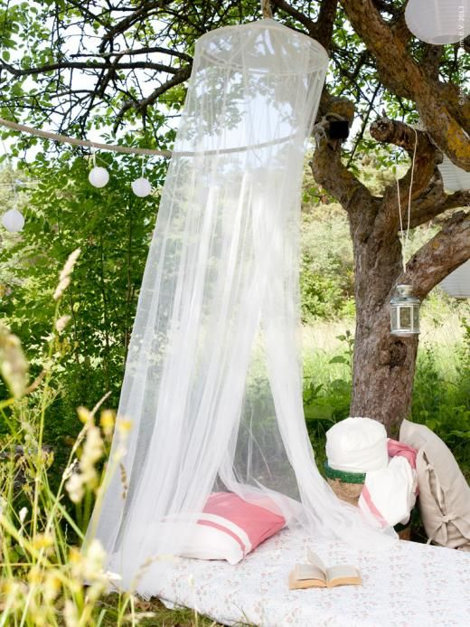 cute-and-practical-mosquito-net-ideas-for-outdoors-26